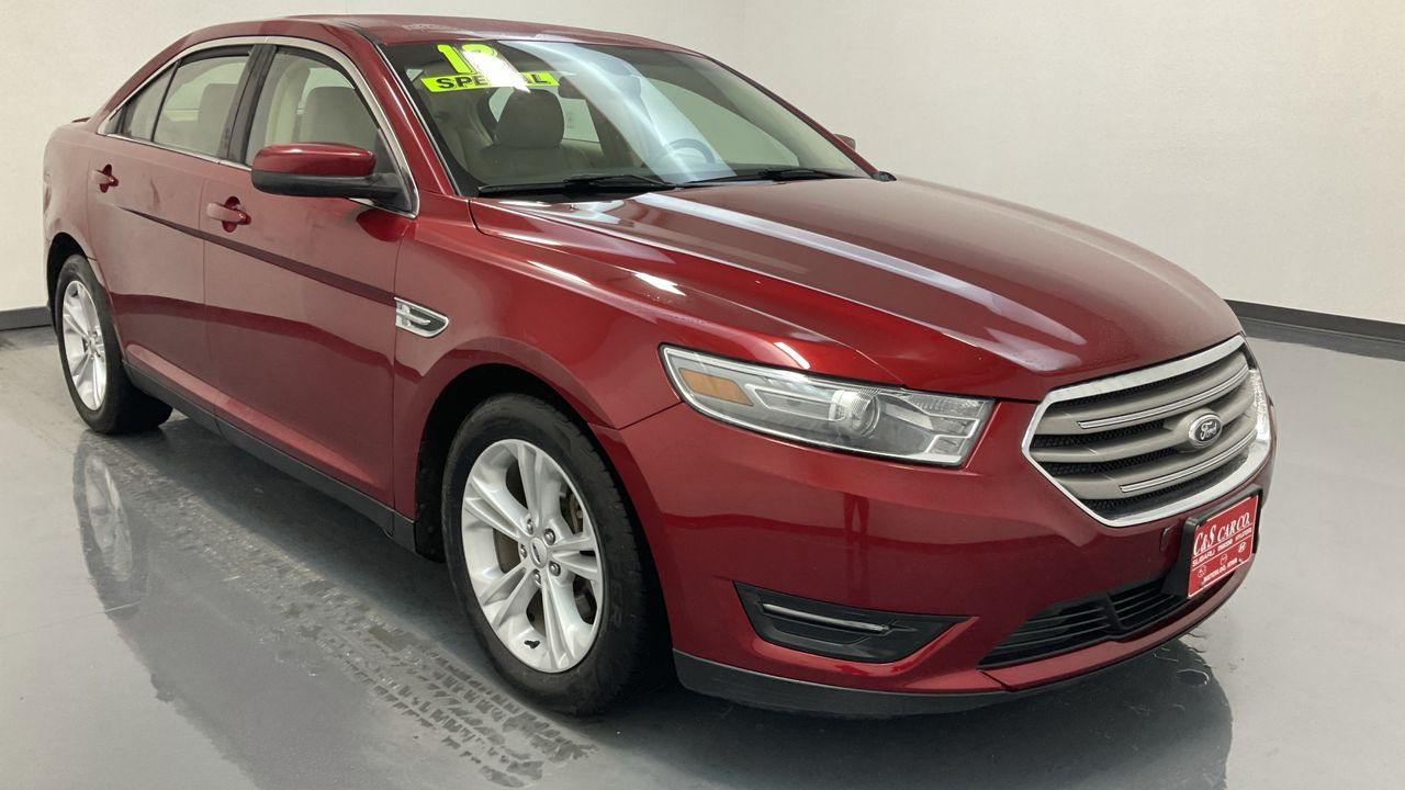 2013 Ford Taurus 4D Sedan  - HY8617A  - C & S Car Company