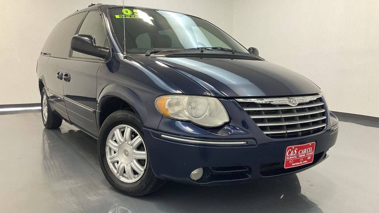 2005 Chrysler Town & Country  - C & S Car Company