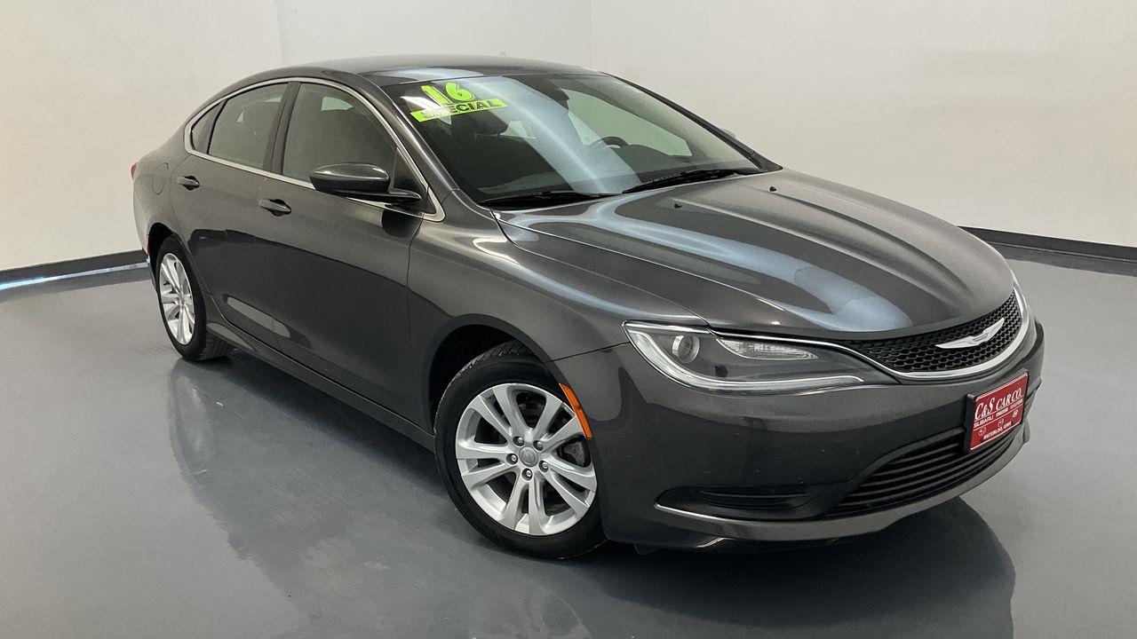 2016 Chrysler 200 4D Sedan  - 17024A  - C & S Car Company