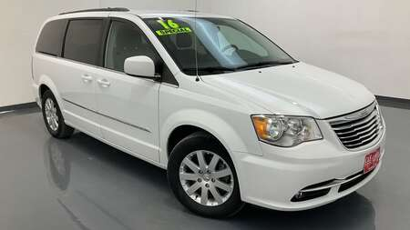 2016 Chrysler Town & Country Wagon LWB for Sale  - SB9942A  - C & S Car Company