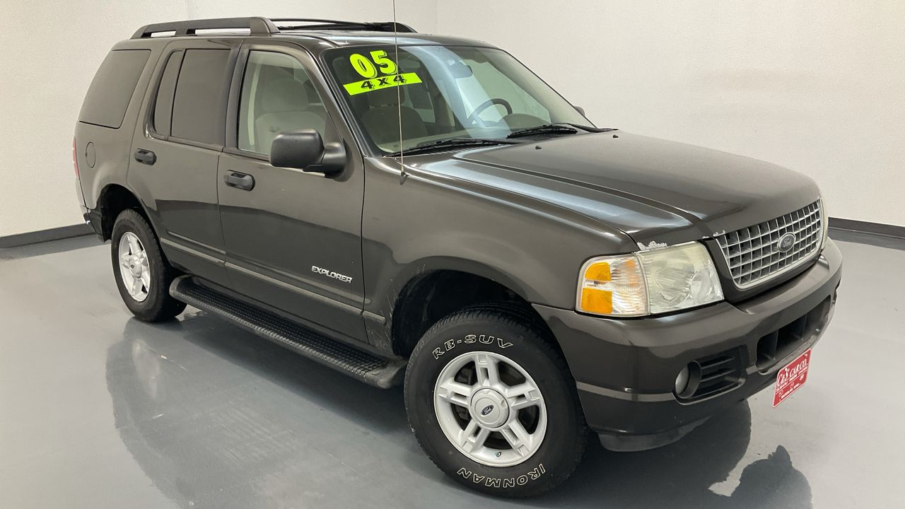 2005 Ford Explorer  - C & S Car Company