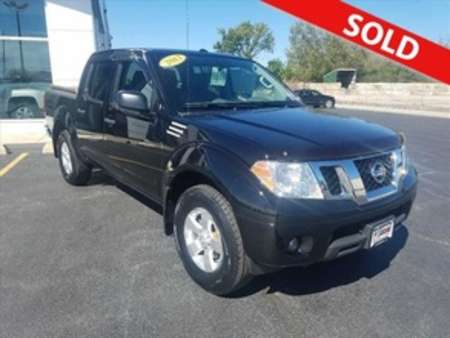 2013 Nissan Frontier SV 4WD Crew Cab for Sale  - 8619  - Coffman Truck Sales