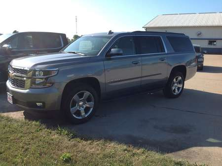 2020 Chevrolet Suburban LT for Sale  - 118130  - Wiele Chevrolet, Inc.