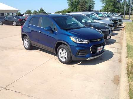 2019 Chevrolet Trax LT for Sale  - 402810  - Wiele Chevrolet, Inc.