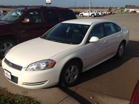 2009 Chevrolet Impala 3.5L LT for Sale  - 312536  - Wiele Chevrolet, Inc.