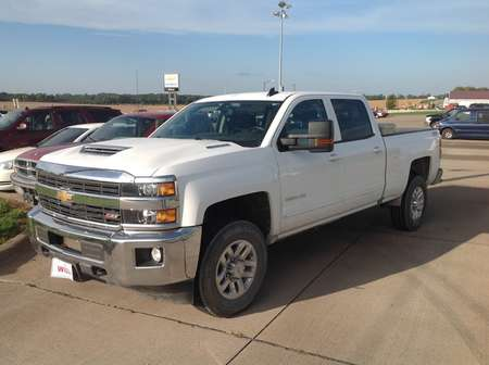 2017 Chevrolet Silverado 2500HD LT for Sale  - 176743  - Wiele Chevrolet, Inc.