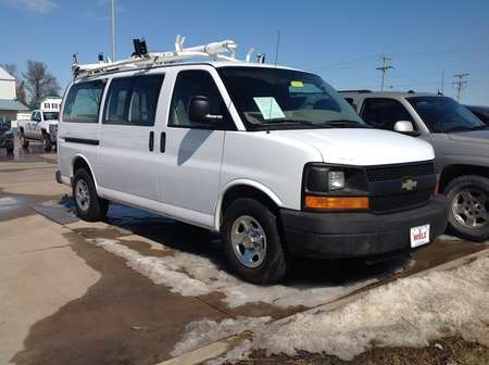 2007 Chevrolet Express Cargo Van for Sale  - 230984  - Wiele Chevrolet, Inc.