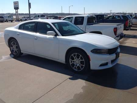 2015 Dodge Charger SXT for Sale  - 742598  - Wiele Chevrolet, Inc.