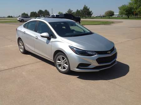 2018 Chevrolet Cruze LT for Sale  - 195377  - Wiele Chevrolet, Inc.