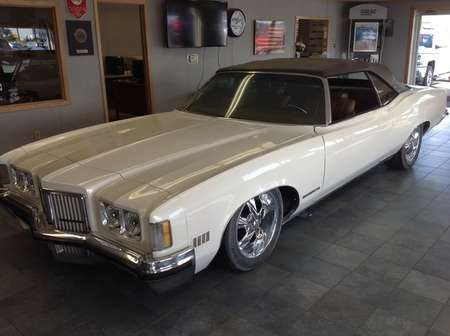 1972 Pontiac Grand Prix  for Sale  - 800  - Wiele Chevrolet, Inc.