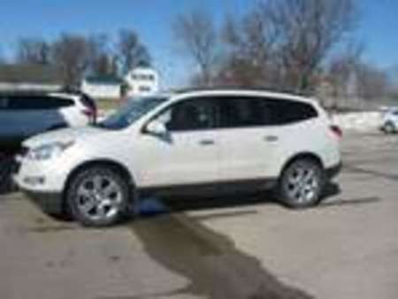 2011 Chevrolet Traverse LT w/2LT for Sale  - 349057  - Wiele Chevrolet, Inc.