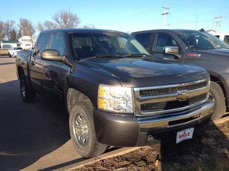 2010 Chevrolet Silverado 1500 LT for Sale  - 231870  - Wiele Chevrolet, Inc.