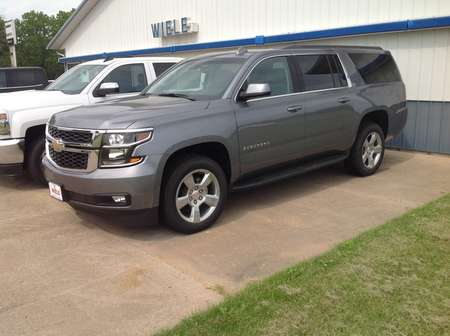 2018 Chevrolet Suburban LT for Sale  - 325262  - Wiele Chevrolet, Inc.