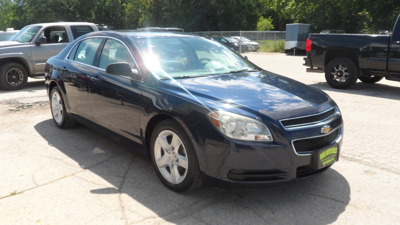 2010 Chevrolet Malibu LS  - 13050X  - Area Auto Center