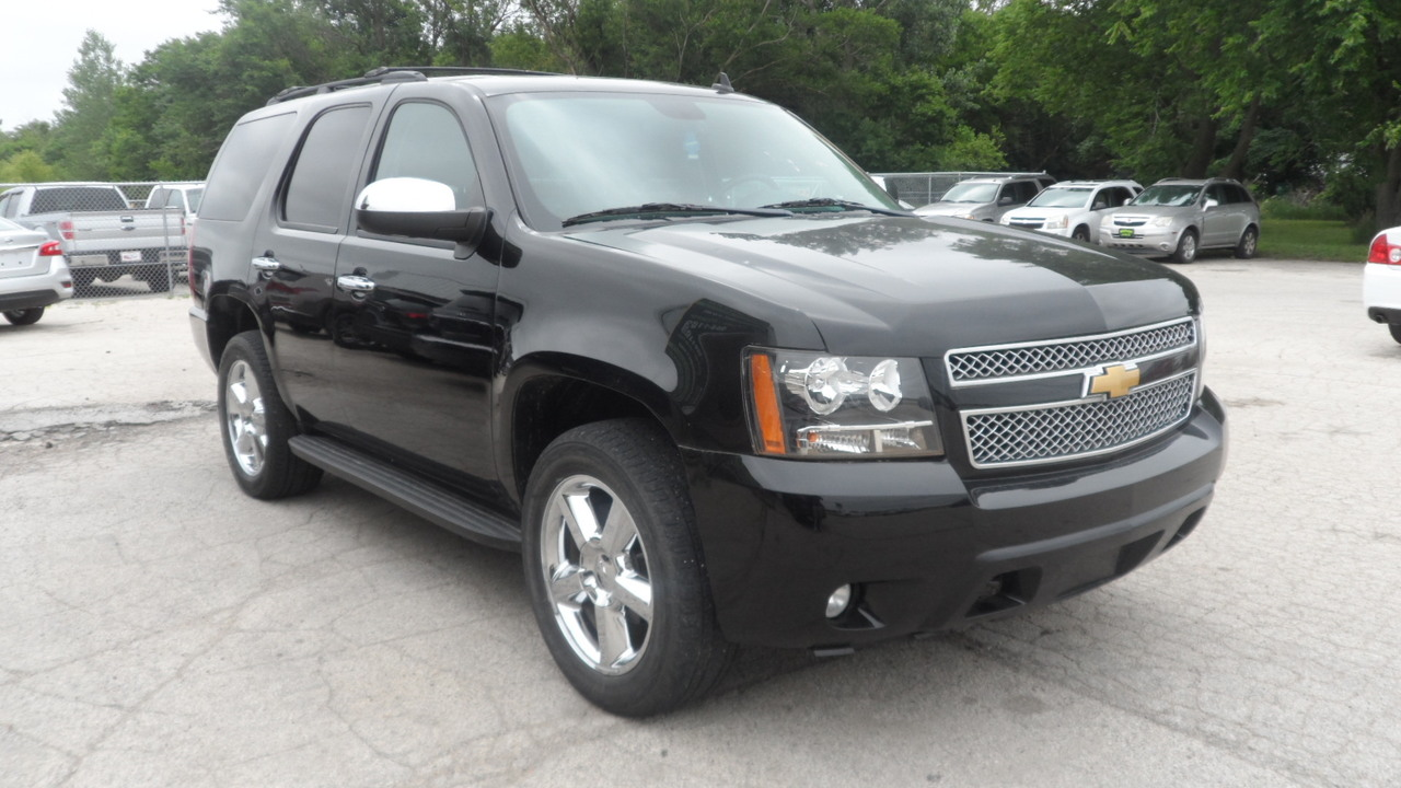 2010 Chevrolet Tahoe 1500 LTZ 4WD  - 12102  - Area Auto Center