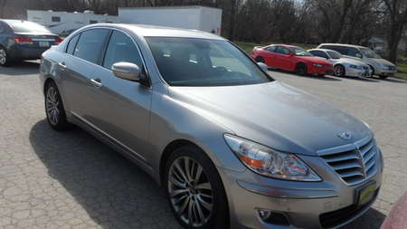 2009 Hyundai GENESIS 4.6L for Sale  - 11935  - Area Auto Center