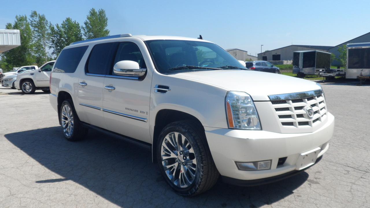 2008 Cadillac Escalade ESV  - Area Auto Center