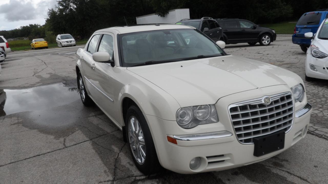 2008 Chrysler 300  - Area Auto Center