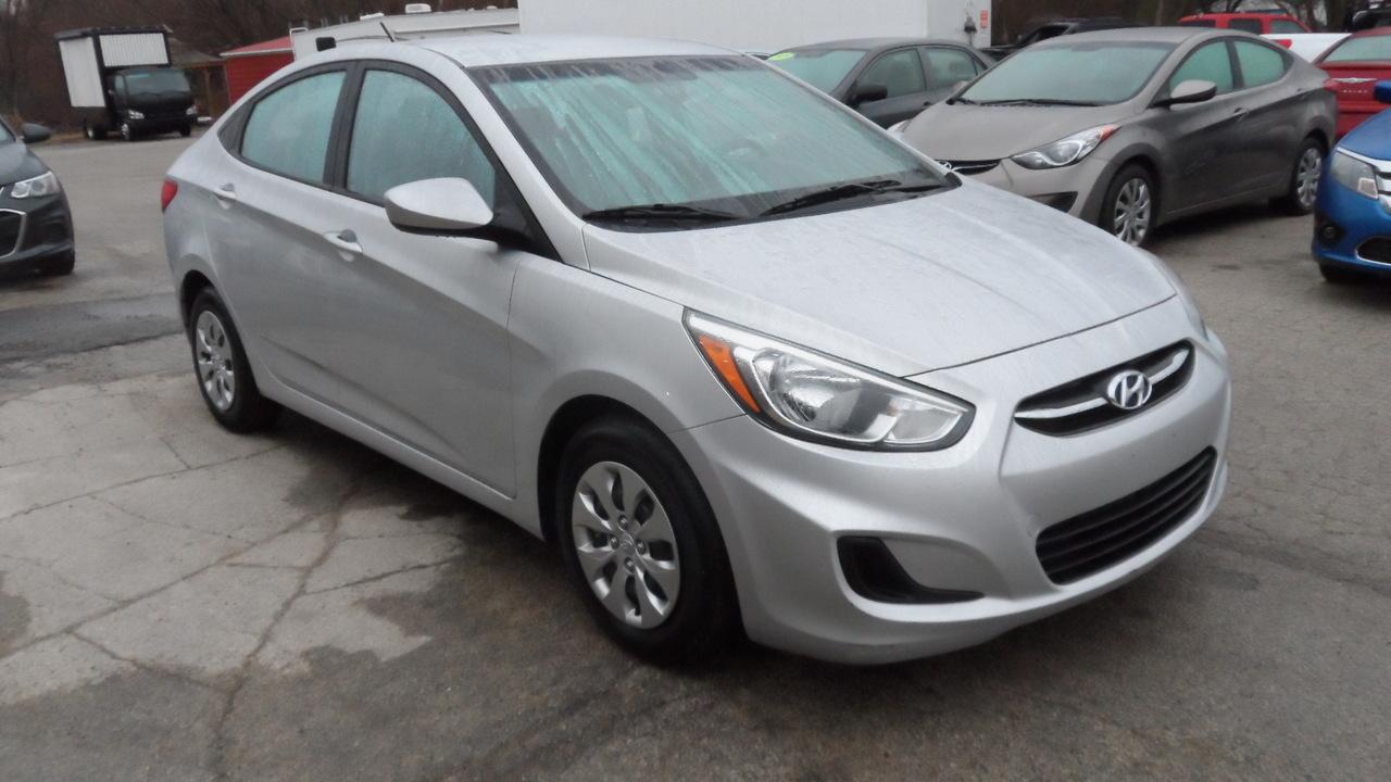 2015 Hyundai Accent  - Area Auto Center