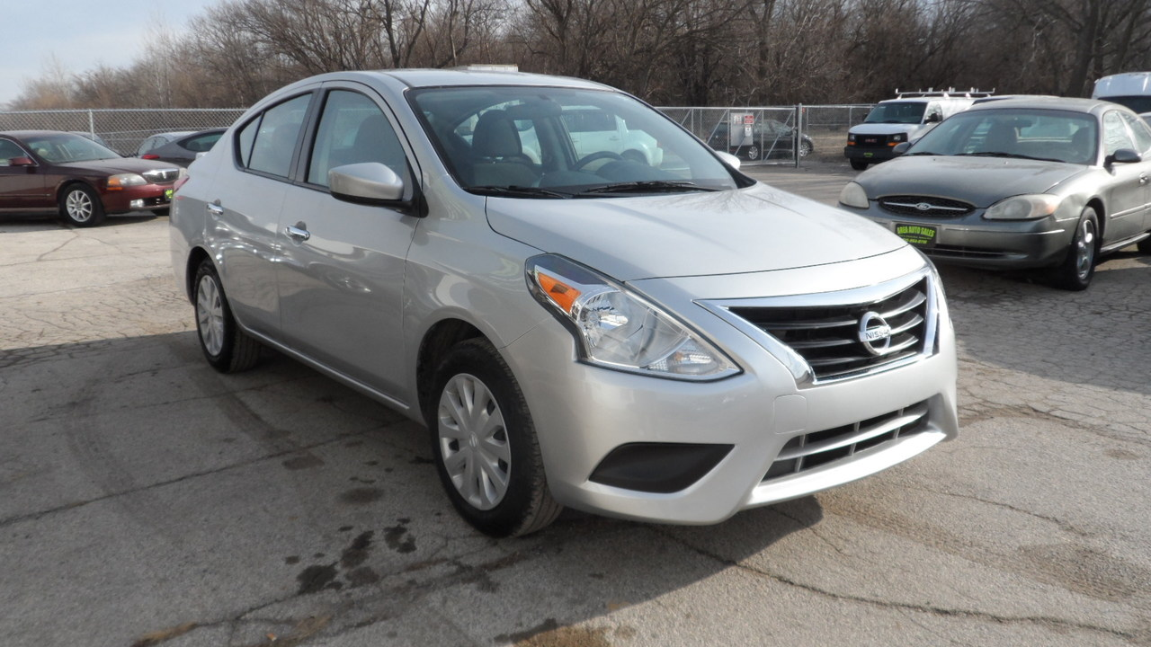 2019 Nissan Versa SV  - 12058X  - Area Auto Center