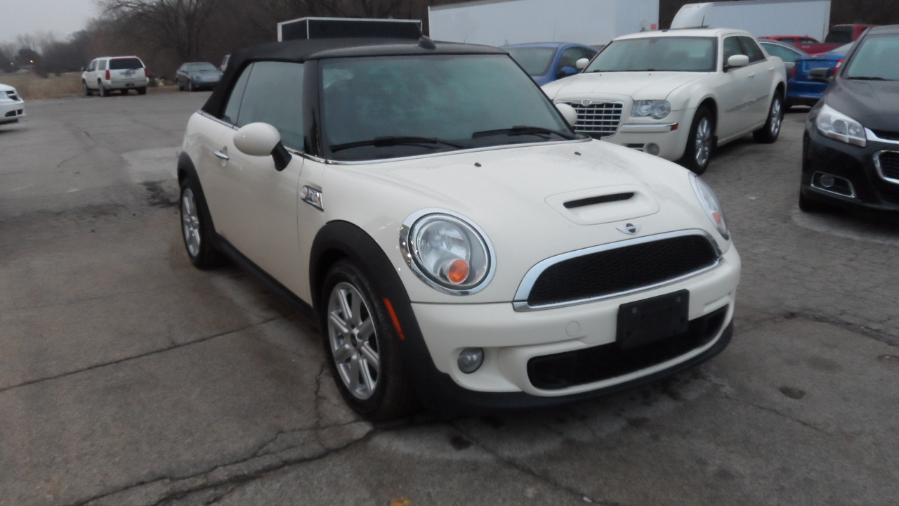 2014 Mini Cooper Convertible  - Area Auto Center