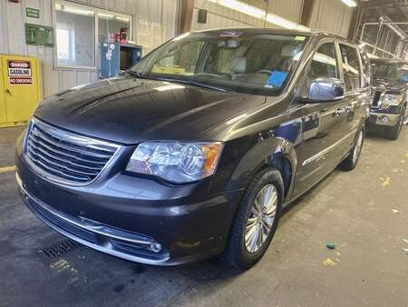2015 Chrysler Town & Country TOURING L for Sale  - 10997  - IA Motors
