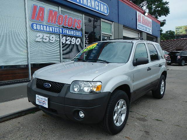 2007 Ford Escape  - IA Motors