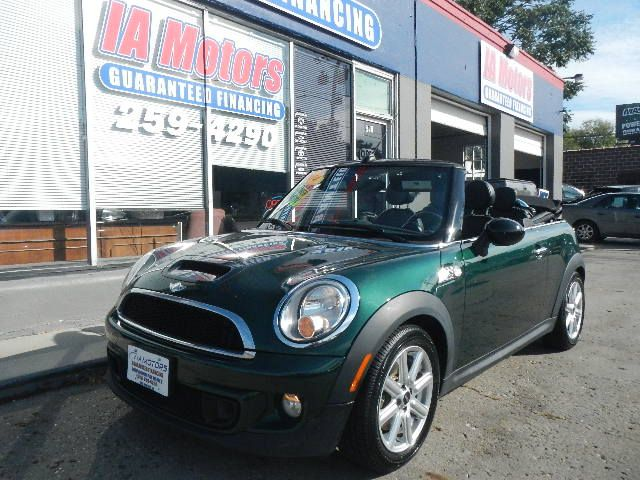 2014 Mini Cooper Convertible/Strip/Resize?Resize:geometry=480x480&set:Quality=60