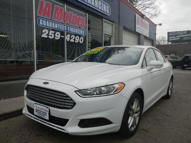 2014 Ford Fusion  - IA Motors