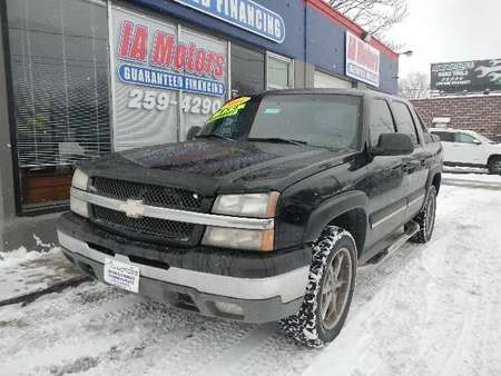 2004 Chevrolet Avalanche 1500 4WD Crew Cab for Sale  - 10415  - IA Motors