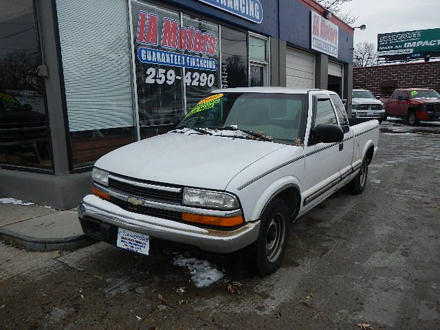 2001 Chevrolet S10  - IA Motors