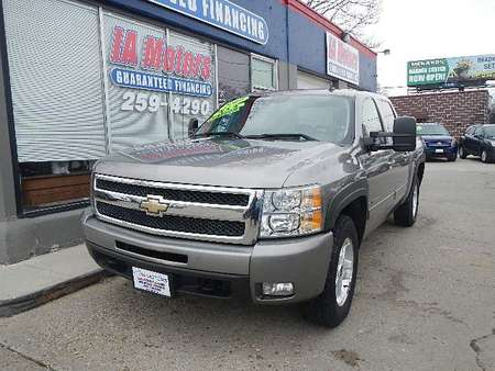 2009 Chevrolet Silverado 1500 LTZ 4WD Crew Cab for Sale  - 10673  - IA Motors