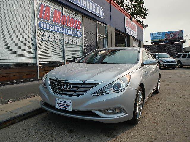 2012 Hyundai Sonata  - IA Motors