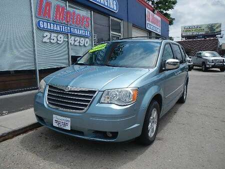 2010 Chrysler Town & Country TOURING PLUS for Sale  - 10934  - IA Motors