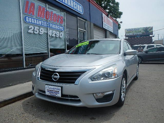 2015 Nissan Altima  - IA Motors