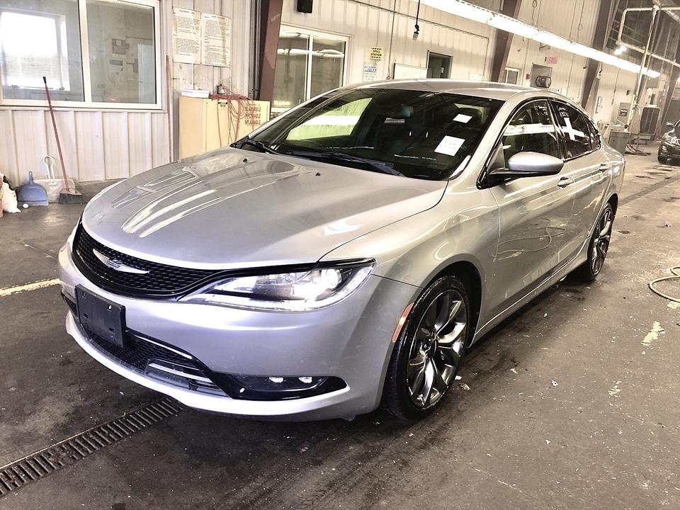 2015 Chrysler 200  - IA Motors