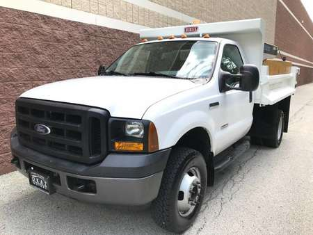 2007 Ford F-350 XLT Super Duty F-350 DUMP TRUCK WITH SALT SPREADER for Sale  - AP578  - Okaz Motors