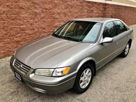 1997 Toyota Camry XLE for Sale  - P660  - Okaz Motors