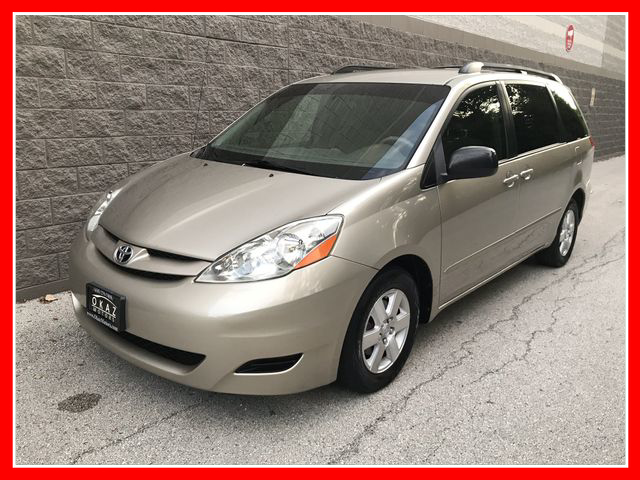 2008 Toyota Sienna  - Okaz Motors