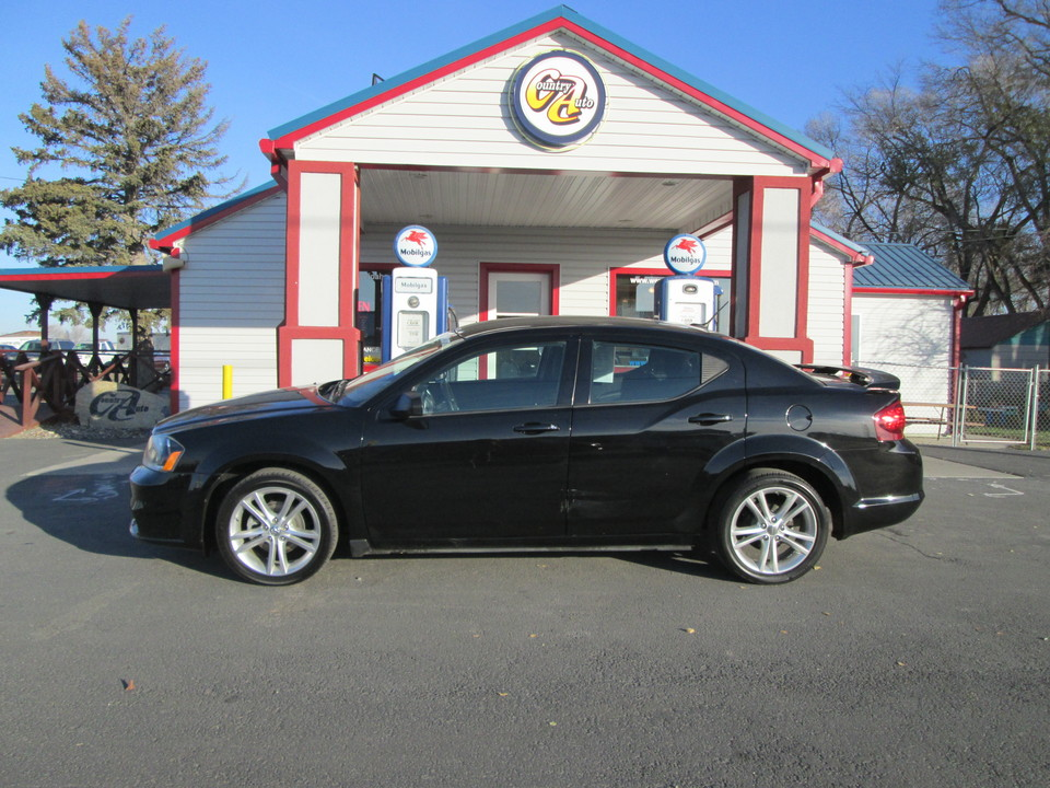 2014 Dodge Avenger  - Country Auto
