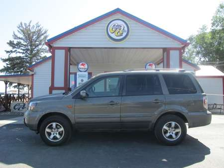 2006 Honda Pilot EX 4WD for Sale  - 8214LR  - Country Auto