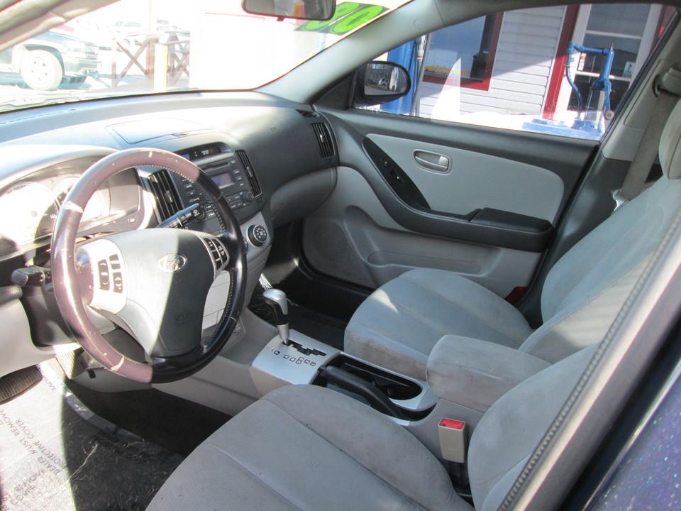 2008 Hyundai Elantra  - Country Auto