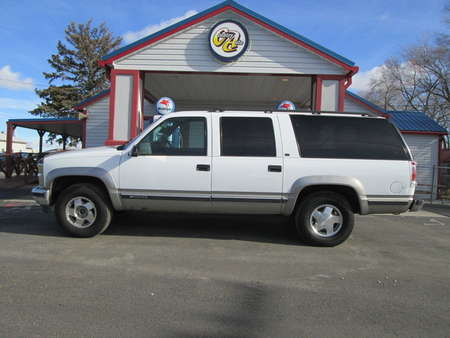 1999 Chevrolet Suburban 4WD for Sale  - 7986R  - Country Auto