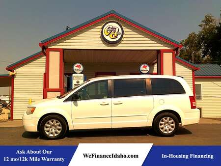 2009 Chrysler Town & Country LX for Sale  - 9058R  - Country Auto