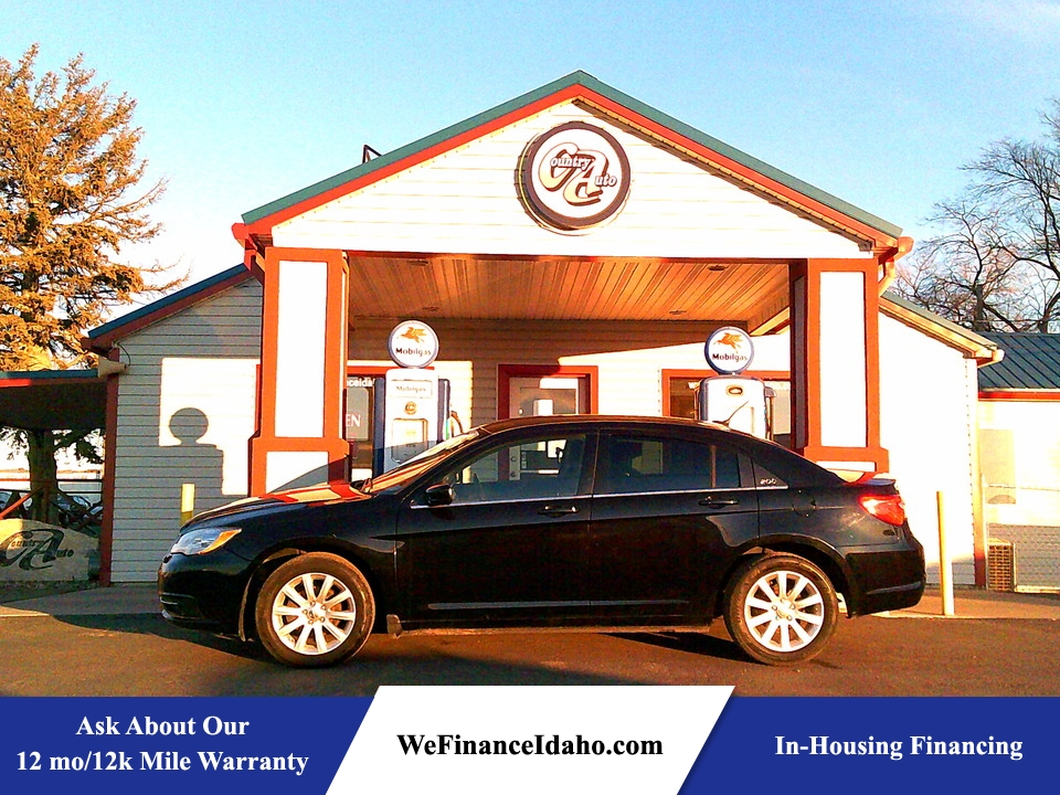 2014 Chrysler 200  - Country Auto