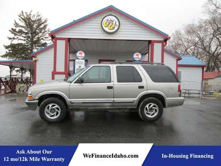 2001 Chevrolet Blazer LT 4WD for Sale  - 7982  - Country Auto