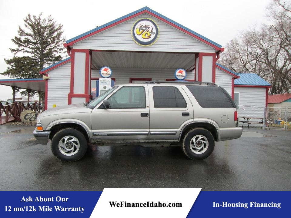 2001 Chevrolet Blazer  - Country Auto