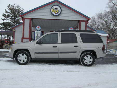 2003 Chevrolet TrailBlazer EXT LS 4WD for Sale  - 7996  - Country Auto