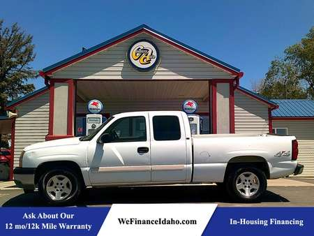 2005 Chevrolet Silverado 1500 LT 4WD Extended Cab for Sale  - 8631  - Country Auto