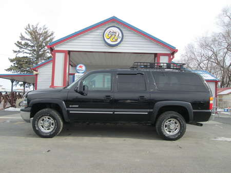 2001 Chevrolet Suburban LT 4WD for Sale  - 7933  - Country Auto